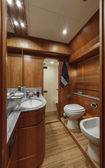 Vips bedroom on luxury yacht RIZZARDI TEKNEMA 65 — Stock Photo