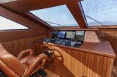 Italy, Tyrrhenian sea, off the coast of Viareggio, 82' luxury yacht, dinette, driving consolle — Stock Photo