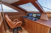 Italy, Tyrrhenian sea, off the coast of Viareggio, 82' luxury yacht, dinette, driving consolle — Stock Photo