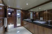 Italy, Viareggio, 82' luxury yacht, master bathroom — Stock Photo