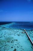 вид огромных коралловых рифов от маяка — Стоковое фото