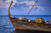 Typical maldivian wooden boat — Stock Photo