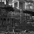 Italy, Rome, view of the Roman Forum and Victorian Palace — Stock Photo