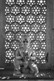 Old hindu religious statue in a street altair — Foto de Stock