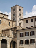 Italy, Anagni, medieval St. Mary Cathedral facade and bell tower — Stock Photo
