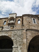 Italy, Anagni, medieval St. Mary Cathedral facade — Stock Photo