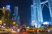 KUALA LUMPUR - DEC-31: View of The Petronas Twin Towers on DEC, — Zdjęcie stockowe