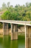 Cementu mosty kanchanaburi w tajlandii — Zdjęcie stockowe