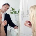 Man watching a beautiful woman — Stock Photo