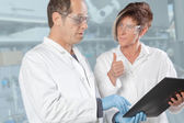 Chemist team discussion — Stock Photo