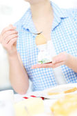 Cracking a hard boiled egg — Stock Photo