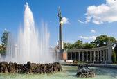 Monument to Soviet soldiers liberators — Stock Photo