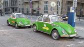 Deux voiture antique verte — Photo