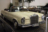 BANGKOK - JUNE 22 Mercedes-Benz 280SE Cabriolet 1968 , 2,778 CC  — Stock Photo