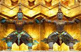 Guardian of Wat Pra Kaew Grand Palace Bangkok Thailand — Stock Photo