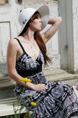 Young woman outdoors — Stock Photo