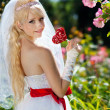 Very beautiful blonde in a wedding dress. - Foto Stock
