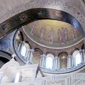 Jerusalem Holy Sepulcher Dome of Catholicon 2012  — Stock Photo