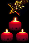 Candles with star of Bethlehem — Stock Photo
