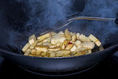 Tofu in a Chinese wok — Stock Photo