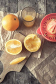 Making orange juice — Stock Photo