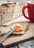Breakfast with pear jam and bread — Stock Photo