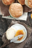 Jam on bread — Stock Photo