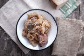Choucroute cuite avec de la viande — Photo