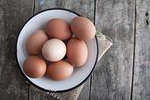 Uova fresche biologiche — Foto Stock