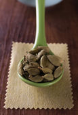 Real green cardamom — Stock Photo