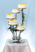 Multi-storey wedding cake — Stock Photo