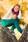 Beautiful teen girl having fun outdoors — Stock Photo