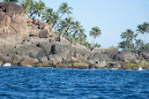 The rocks and seashore of Unawatuna, Sri Lanka — Stock Photo