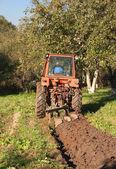 Farmer plowing — Stock Photo