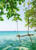 L'eau claire et ciel bleu — Photo