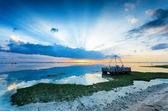 Tropical sunset at low tide — Stock Photo