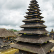 Traditional balinese architecture. The Pura Besakih temple — Stock Photo