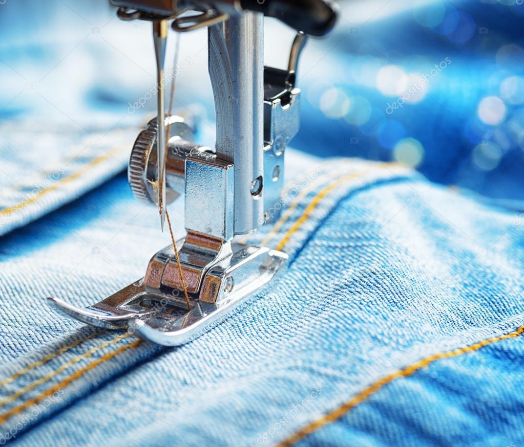 Машинка шитья джинсов