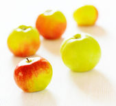 Ripe apples on white table — Stock Photo
