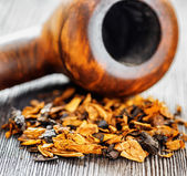 Pipe tobacco. Shallow depth of field.  — Stock Photo