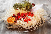 Dry decoration in a table — Stock Photo