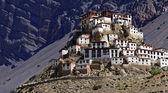 Kee kloster i himalaya berget — Stockfoto