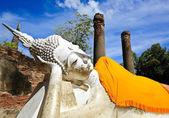 Reclining Buddha — Stock Photo