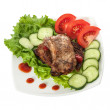 Fried beef meat with vegetable garnish — Stock Photo