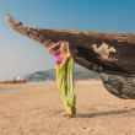 Young woman in indian sari — Stock Photo #40988301