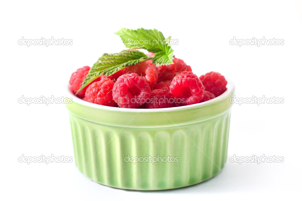 Fresh rasberry — Stock Photo #12089168