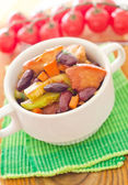 Chicken with vegetable — Stock Photo