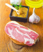 Bröd med bacon — Stockfoto