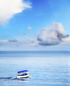 Boat on the sea — Stock Photo