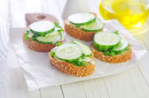 Bread with cucumber — Stockfoto